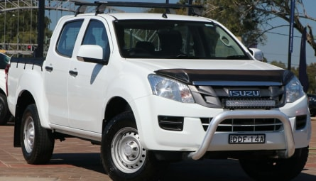 2016 Isuzu D-MAX SX High Ride Utility Space Cab