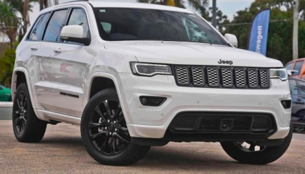 2020 Jeep Grand Cherokee Night Eagle Wagon