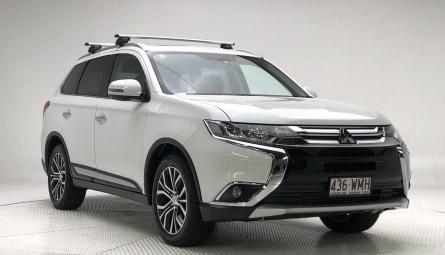2016  Mitsubishi Outlander Exceed Wagon