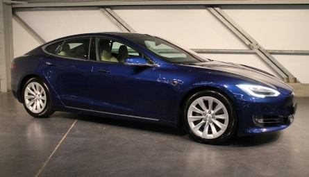 2016  Tesla Model S 75d Sportback Sedan