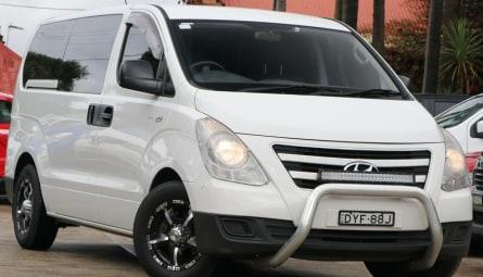2016 Hyundai iLOADVan