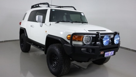 2014  Toyota FJ CruiserWagon