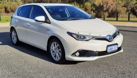 2018  Toyota Corolla Hybrid Hatchback