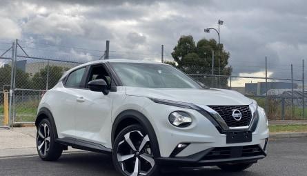 2020  Nissan JUKE St-l Hatchback