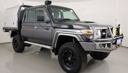 2013  Toyota Landcruiser Gxl Cab Chassis Double Cab