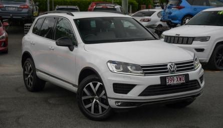 2017  Volkswagen Touareg Monochrome Wagon