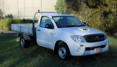 2010  Toyota Hilux Sr Cab Chassis Single Cab