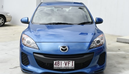 2013 Mazda 3 Neo Sedan