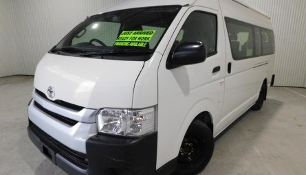 2016 Toyota Hiace Commuter Bus