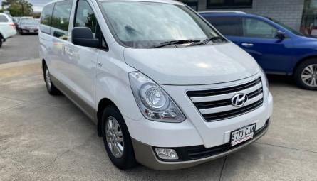 2018 Hyundai iMAXWagon