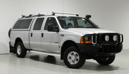 2005  Ford F250 Xlt Utility Dual Cab