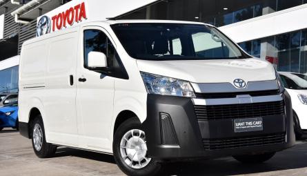 2020  Toyota HiaceVan