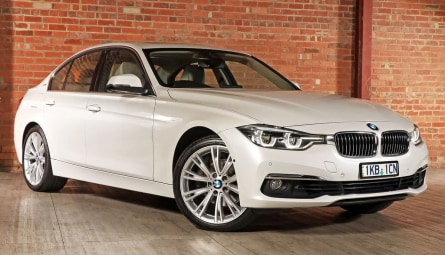 2016 BMW 3 Series 330e Sport Line Sedan