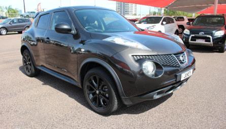 2013  Nissan Juke St Hatchback