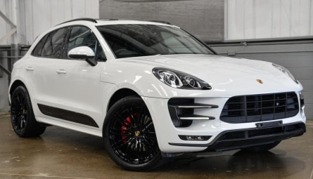 2014 Porsche Macan Turbo Wagon