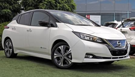 2020 Nissan LEAFHatchback