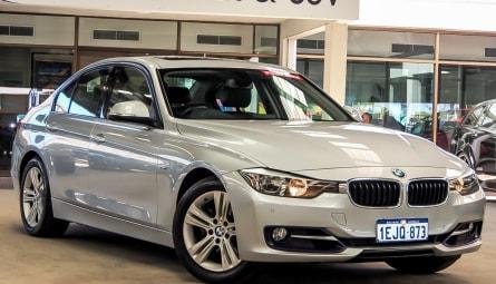 2013 BMW 3 Series 320i Sport Line Gran Turismo