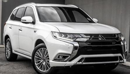 2020 Mitsubishi Outlander PHEV Exceed Wagon