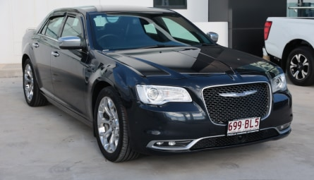 2018  Chrysler 300 C Luxury Sedan