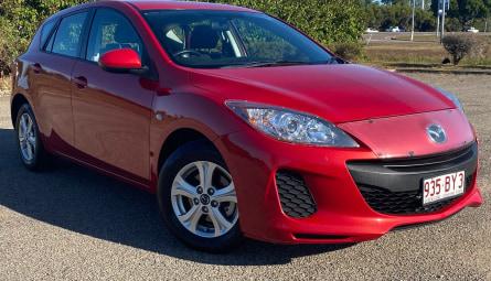 2013  Mazda 3 Neo Hatchback