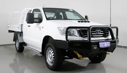 2014  Toyota Hilux Sr Cab Chassis Xtra Cab