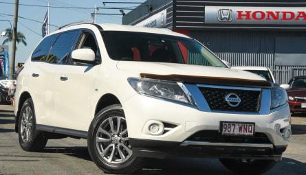 2016 Nissan Pathfinder ST Wagon