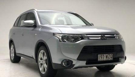 2013  Mitsubishi Outlander Es Wagon