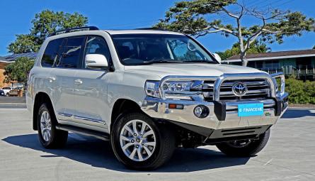 2018  Toyota Landcruiser Sahara Wagon