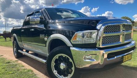 2015 RAM 3500 Laramie Utility Crew Cab
