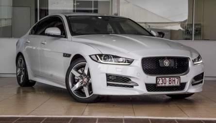 2017 Jaguar XE 25t R-Sport Sedan