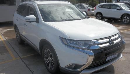 2018 Mitsubishi Outlander Exceed Wagon