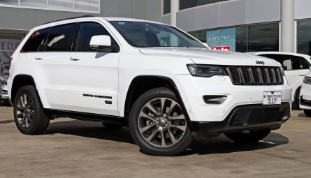 2016 Jeep Grand Cherokee 75th Anniversary Wagon