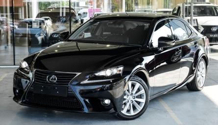 2016 Lexus IS IS200t Luxury Sedan