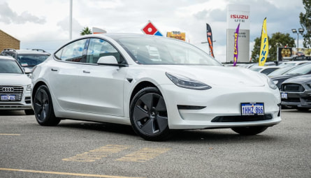 2020  Tesla Model 3 Standard Range Plus Sedan