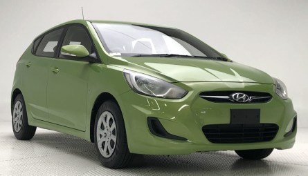 2012  Hyundai Accent Active Hatchback