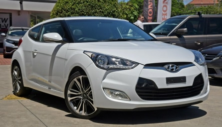 2016 Hyundai Veloster + Coupe