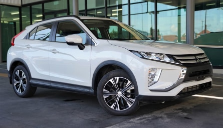 2019  Mitsubishi Eclipse Cross Es Wagon