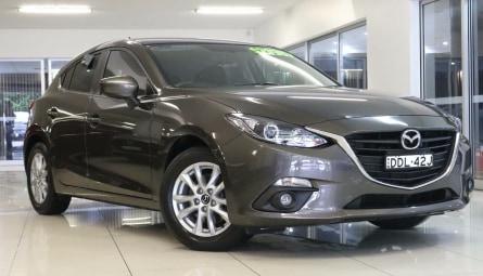 2016  Mazda 3 Maxx Hatchback