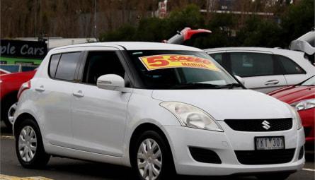 2011  Suzuki Swift Gl Hatchback