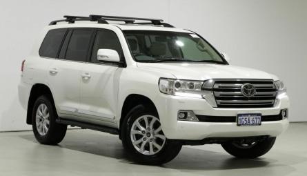 2019  Toyota Landcruiser Sahara Wagon