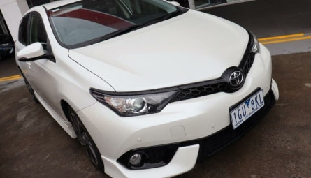 2015 Toyota Corolla SX Hatchback