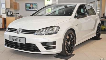 2015 Volkswagen Golf R Wolfsburg Edition Hatchback