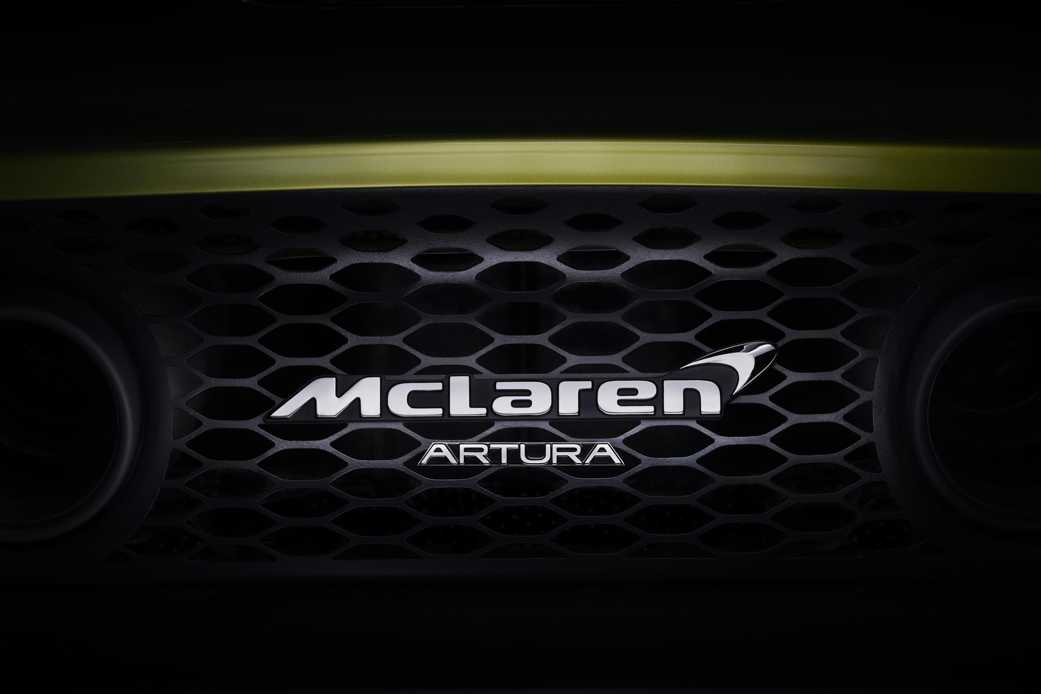 McLaren's Artura kicks off production hybrid push