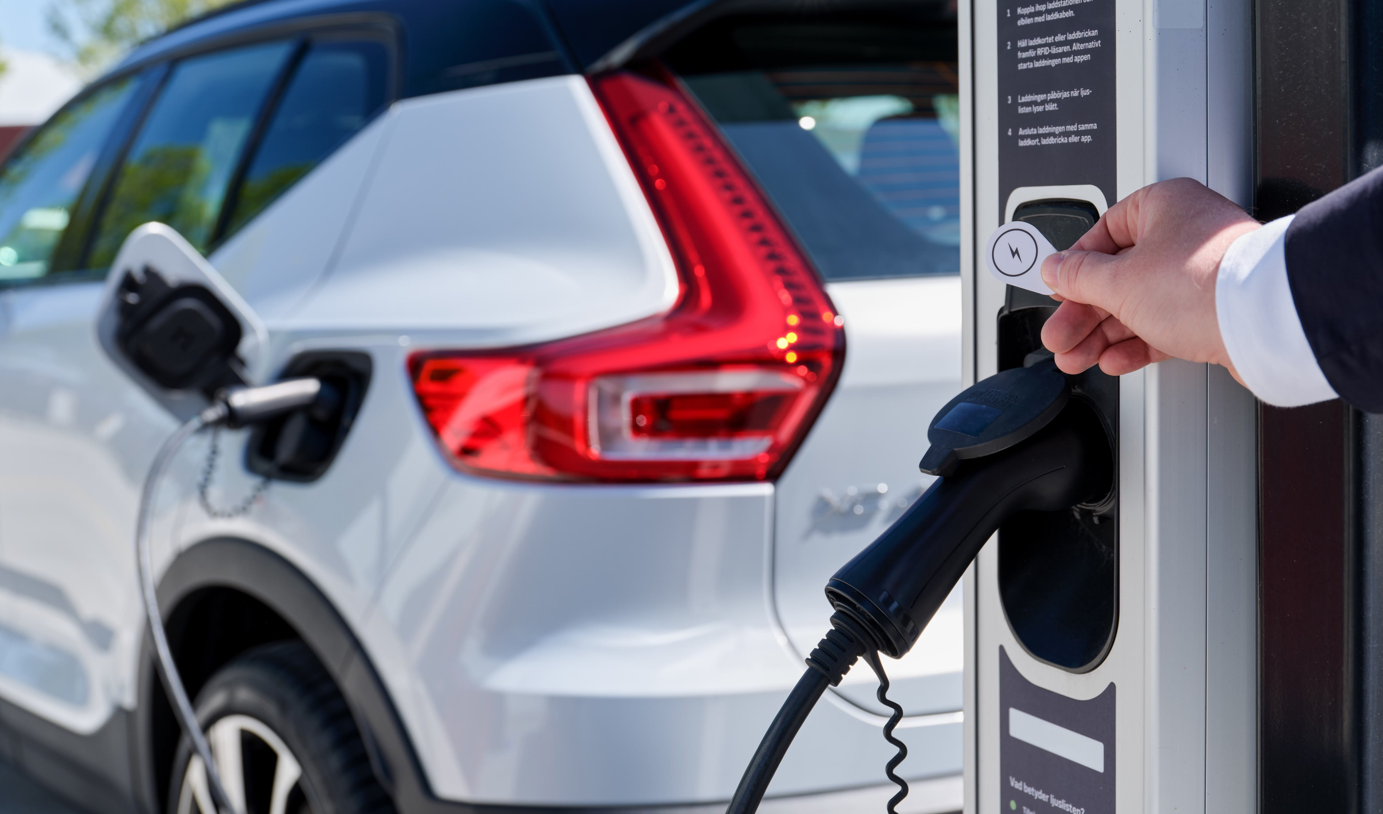 Electric car subsidies: how Australia compares to the rest of the world