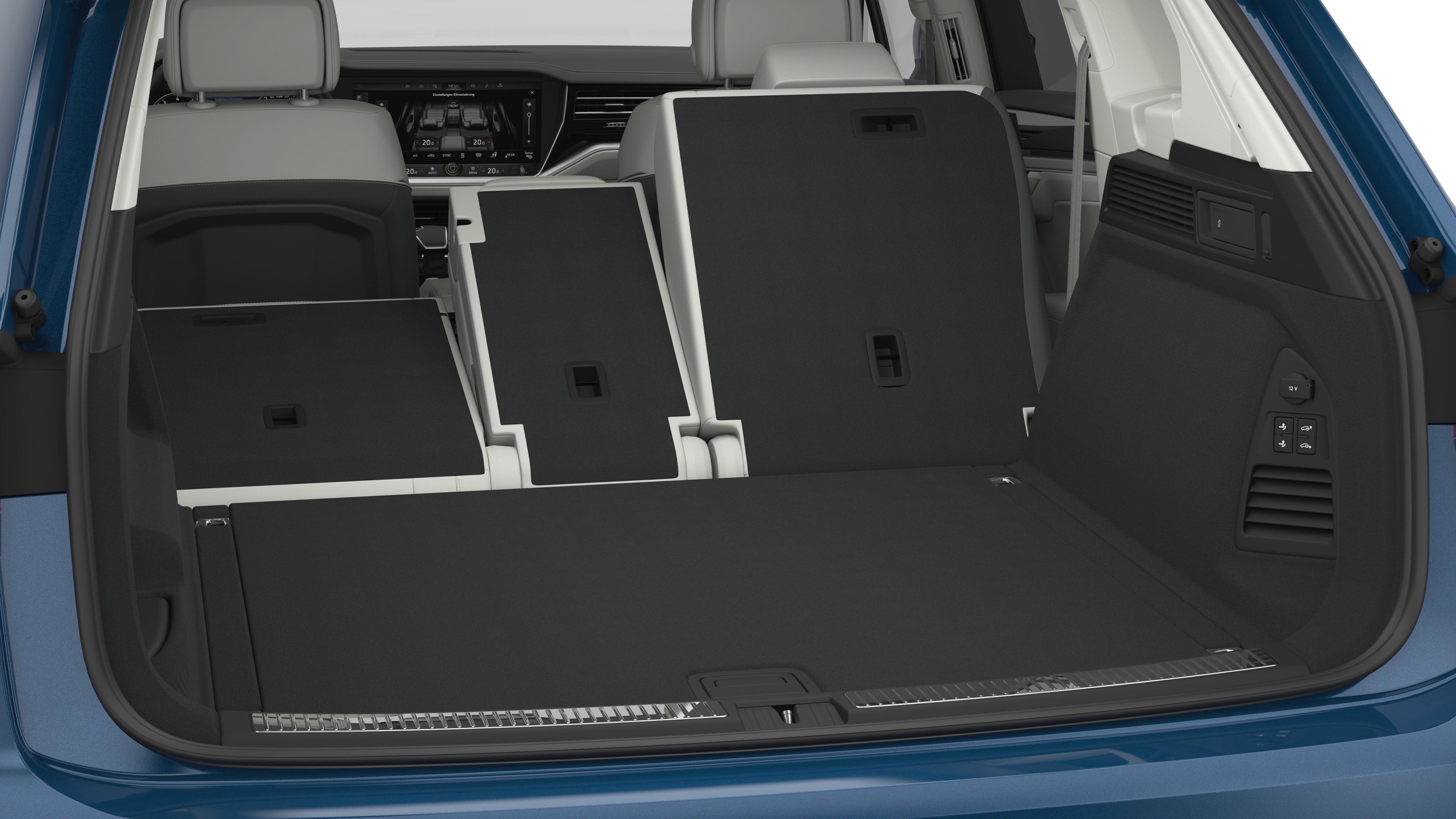 Volkswagen Touareg boot