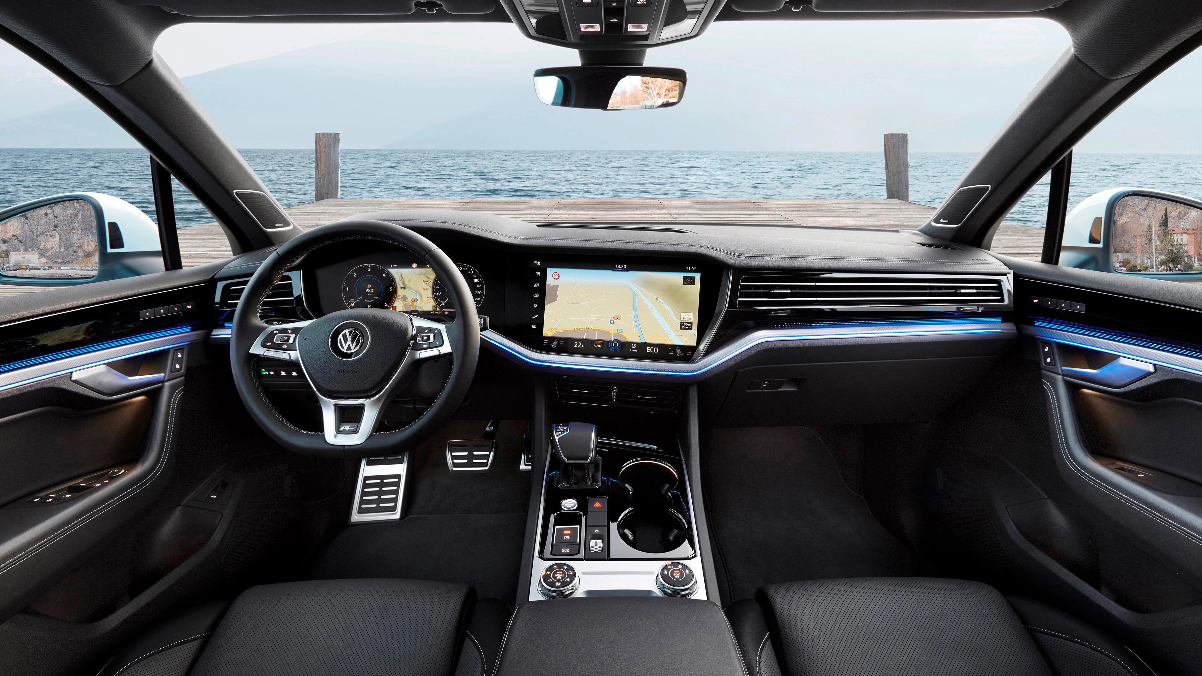 Volkswagen Touareg R-Line interior 1