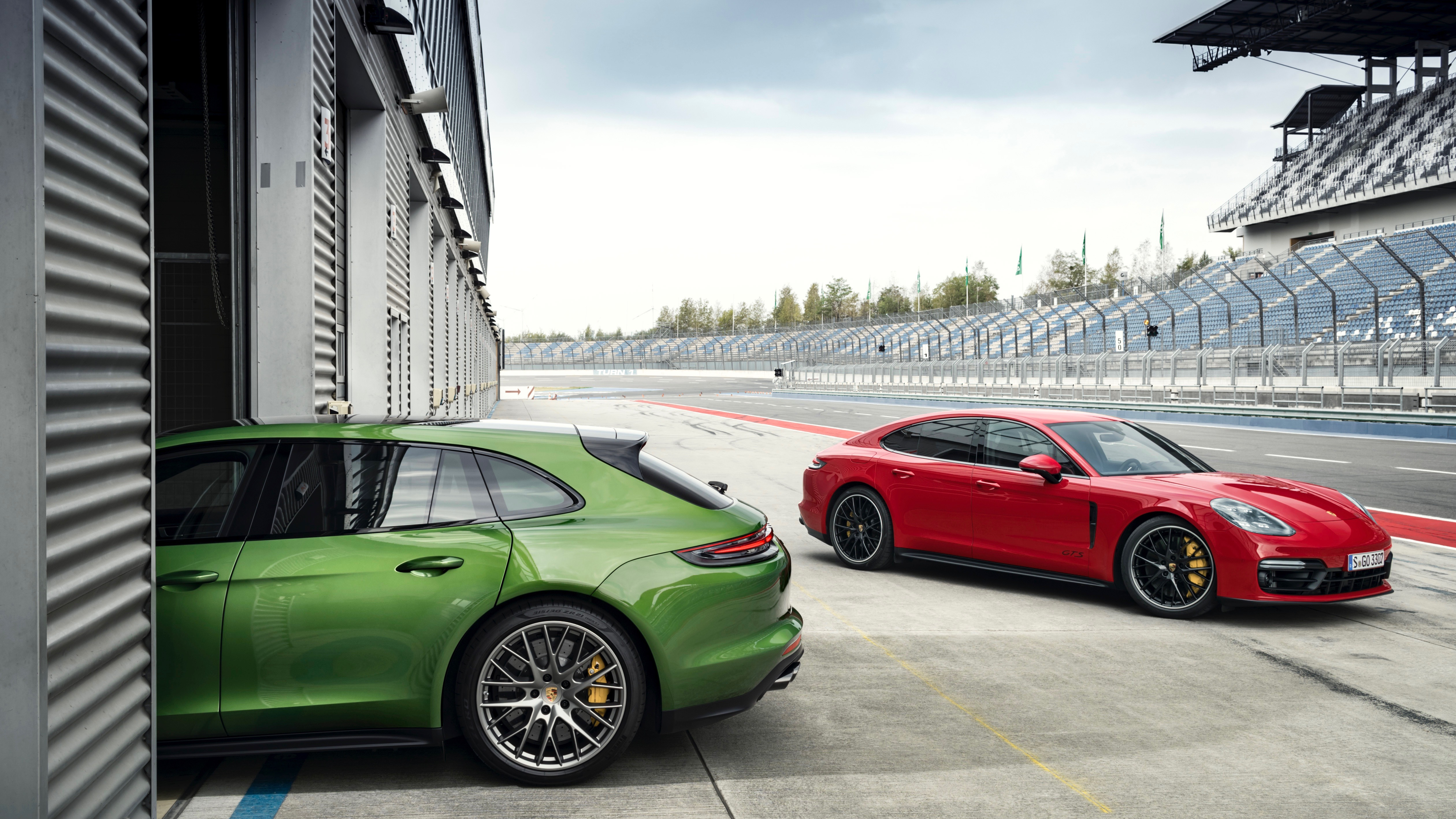 Porsche adds to Panamera line-up