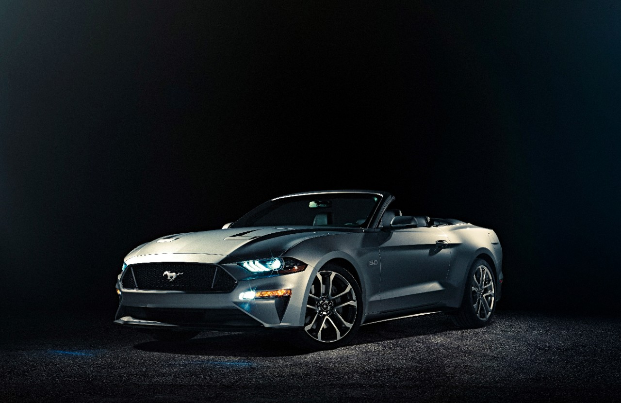 2018_ford_mustang_gt_convertible_01