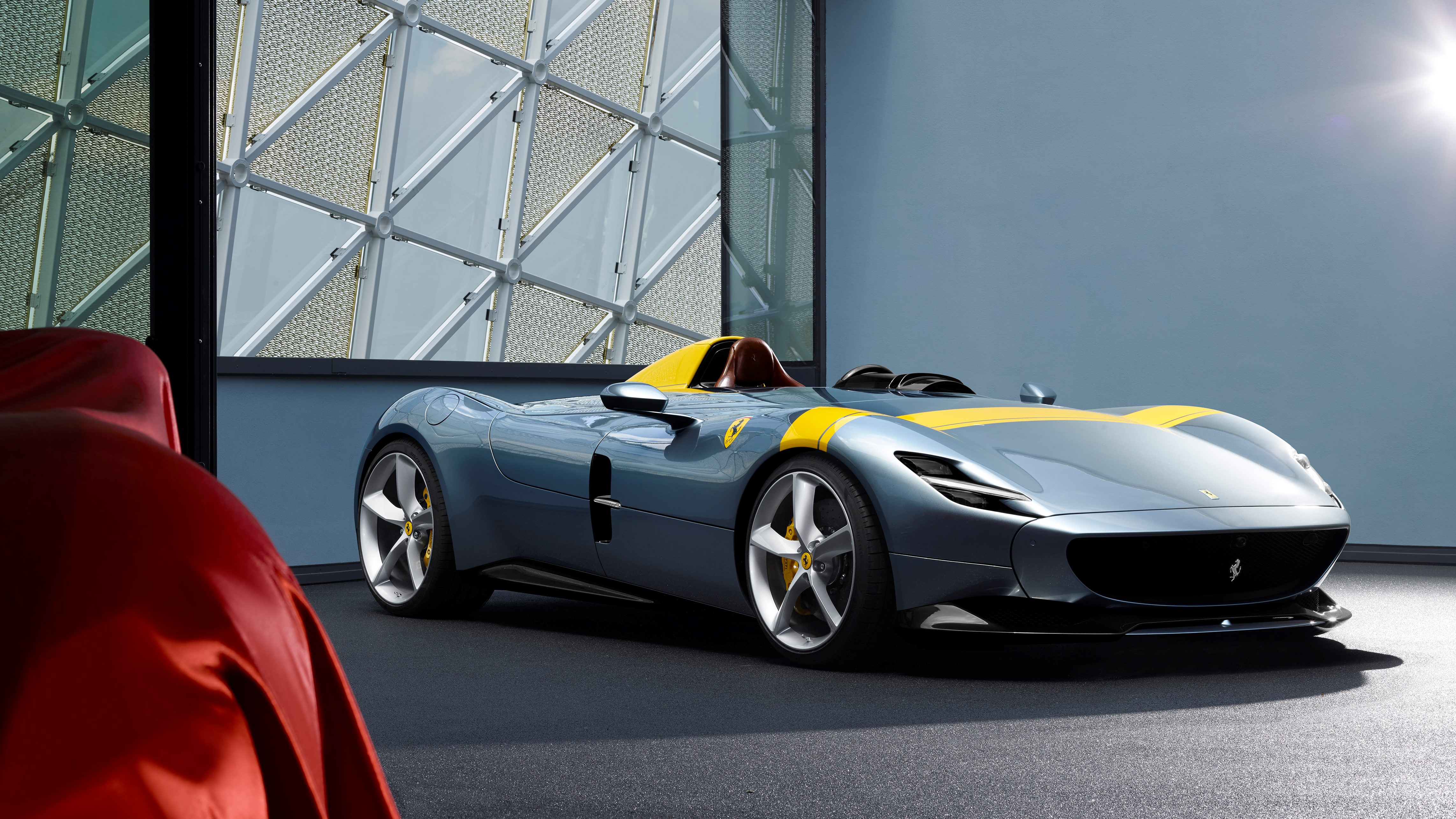 Ferrari reveals stunning Monza SP1 and SP2