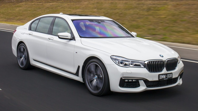 2016 BMW 750i.